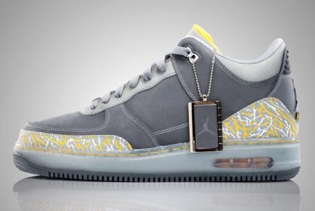 Air Jordan Fusion 3 - Flint Grey/Varsity Maize-Silver